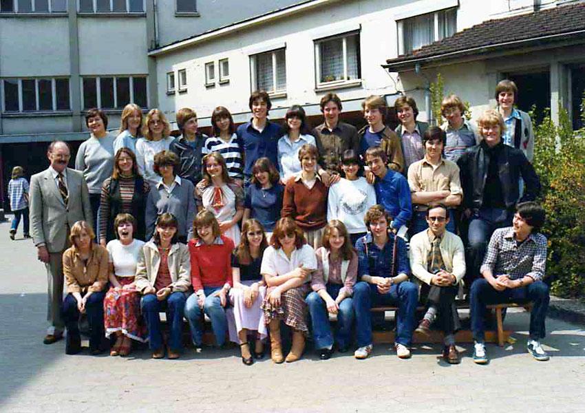 http://www.ohg82er.de/bilder/BarbaraVolz/10-f.jpg