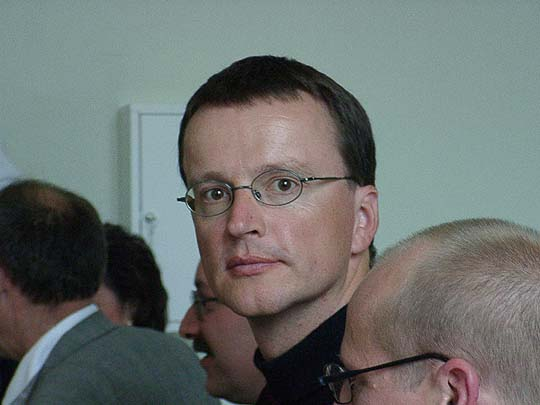 http://www.ohg82er.de/bilder/JoergWagner/oberstufe/RainerScholl/09210037.jpg