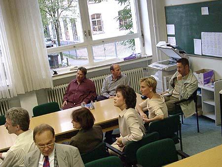http://www.ohg82er.de/bilder/JoergWagner/treffen2002/09210175.jpg