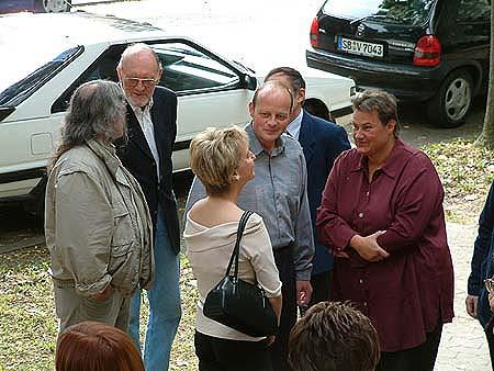 http://www.ohg82er.de/bilder/ThomasMalburg/Klassentreffen2002/DSCF0002.jpg