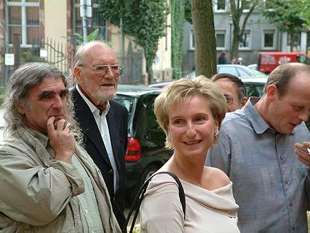 http://www.ohg82er.de/bilder/ThomasMalburg/Klassentreffen2002/DSCF0004.jpg
