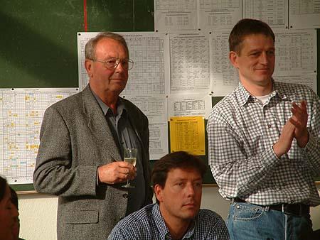 http://www.ohg82er.de/bilder/ThomasMalburg/Klassentreffen2002/DSCF0022.jpg
