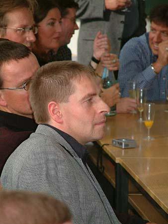 http://www.ohg82er.de/bilder/ThomasMalburg/Klassentreffen2002/DSCF0025.jpg