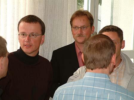 http://www.ohg82er.de/bilder/ThomasMalburg/Klassentreffen2002/DSCF0033.jpg
