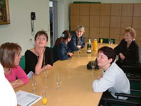 http://www.ohg82er.de/bilder/ThomasMalburg/Klassentreffen2002/DSCF0034.jpg
