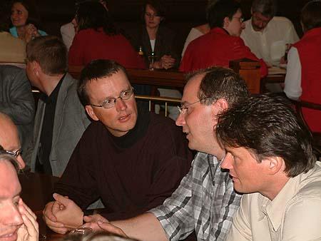 http://www.ohg82er.de/bilder/ThomasMalburg/Klassentreffen2002/DSCF0064.jpg