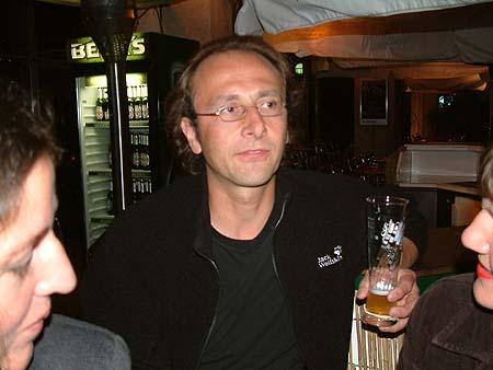 http://www.ohg82er.de/bilder/ThomasMalburg/Klassentreffen2002/DSCF0191.jpg
