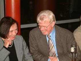 http://www.ohg82er.de/bilder/ThomasMalburg/Klassentreffen2003/12.jpg