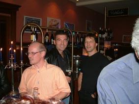 http://www.ohg82er.de/bilder/ThomasMalburg/Klassentreffen2003/19.jpg