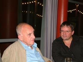 http://www.ohg82er.de/bilder/ThomasMalburg/Klassentreffen2003/29.jpg