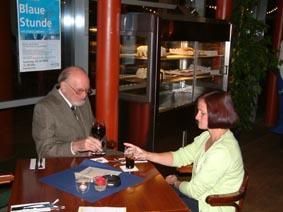 http://www.ohg82er.de/bilder/ThomasMalburg/Klassentreffen2003/32.jpg