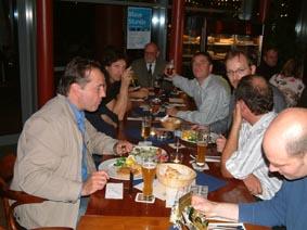 http://www.ohg82er.de/bilder/ThomasMalburg/Klassentreffen2003/34.jpg