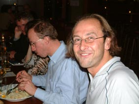 http://www.ohg82er.de/bilder/ThomasMalburg/Klassentreffen2003/36.jpg
