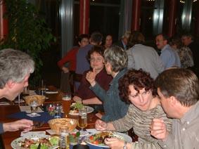 http://www.ohg82er.de/bilder/ThomasMalburg/Klassentreffen2003/4.jpg