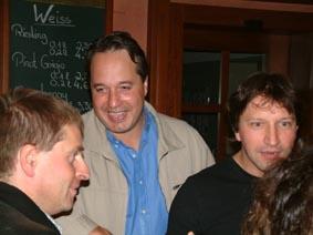 http://www.ohg82er.de/bilder/ThomasMalburg/Klassentreffen2003/48.jpg