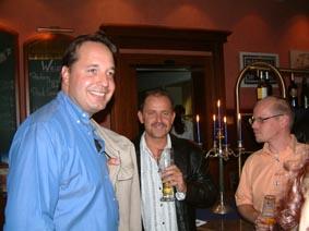 http://www.ohg82er.de/bilder/ThomasMalburg/Klassentreffen2003/49.jpg