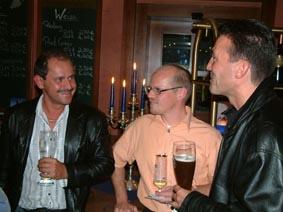 http://www.ohg82er.de/bilder/ThomasMalburg/Klassentreffen2003/56.jpg