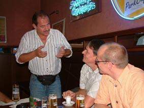 http://www.ohg82er.de/bilder/ThomasMalburg/Klassentreffen2003/58.jpg