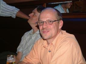 http://www.ohg82er.de/bilder/ThomasMalburg/Klassentreffen2003/6.jpg